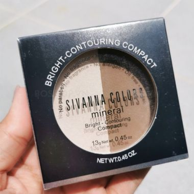 Phấn tạo khối highlight Sivanna Colors Bright Foundation Compact HF661